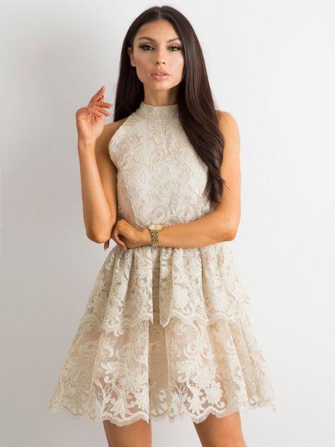 24c2596a03 Rozkloszowana sukienka beżowa BY O LA LA Factoryprice.pl